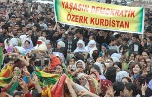 """""""Kürtler Ekonomik Sorunlarını da Özerklikle Çözebilir"""""""