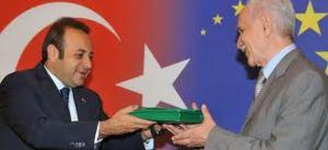Burkay: Sayın Öcalan'ı Destekliyoruz